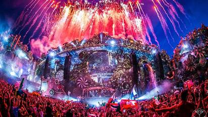 Tomorrowland 2016 - Festicket