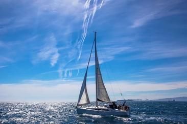 Experiencia en barco y vermut en Barcelona para 2 personas