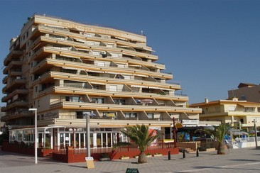 Apartamentos Bernat 3000