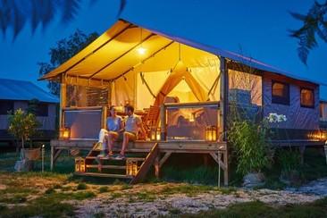 Tienda Victoria Glamping + Traslado en Camping 3 Estrellas