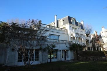 Villa Ananda Huo