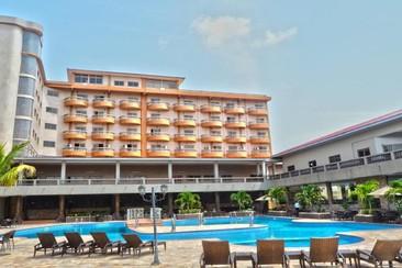 Mensvic Grand Hotel