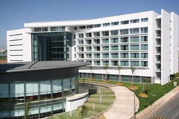Hotel Lagoas Park