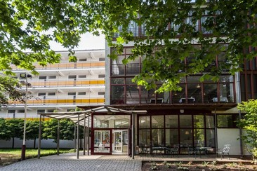 CE Napfény Hotel
