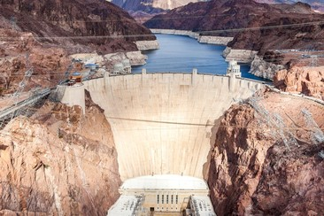 Hoover Dam: Half Day Tour from Las Vegas