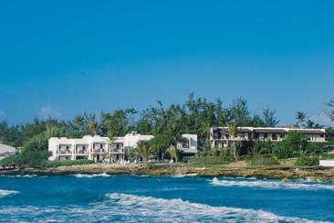 OceanSpray Apartments