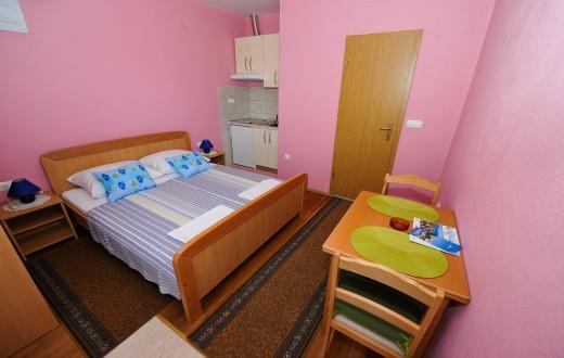 3* Apartments in Split (Zone 2) 2