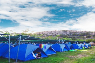Easy Tent  @ Campfest Glamping