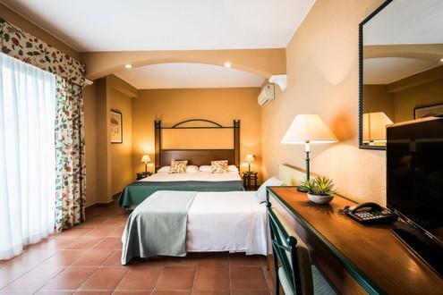 Hotel Intur Azor 4