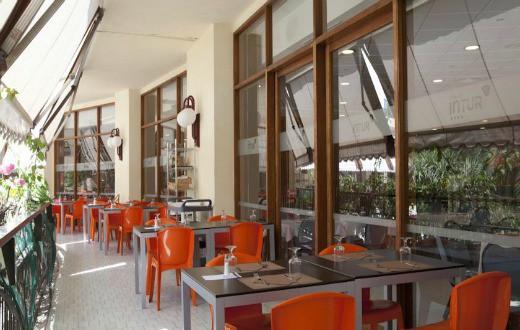 Hotel Intur Orange 6