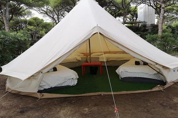 Bell Tent bei Campfest Glamping