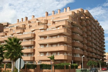 Marina d'Or® - Off the Seafront Apartment