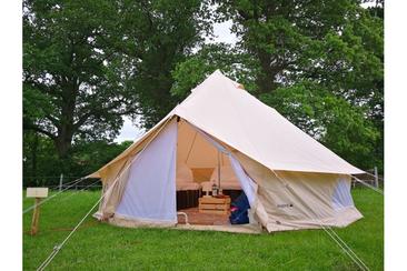 Außergewöhnliches Zeltpaket auf dem Campingplatz von Wacken Open Air