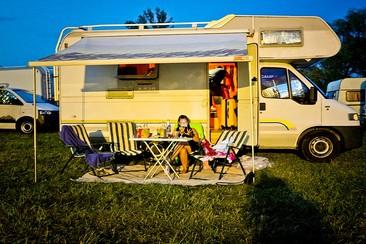 Caravan @ Beach Camping