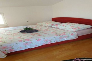 Carmela Apartment