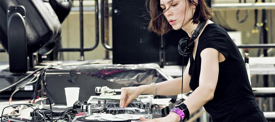 TOP 10: Female DJs - Festicket Magazine