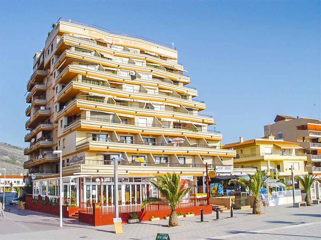 Ticket + Apartamentos Bernat 3000