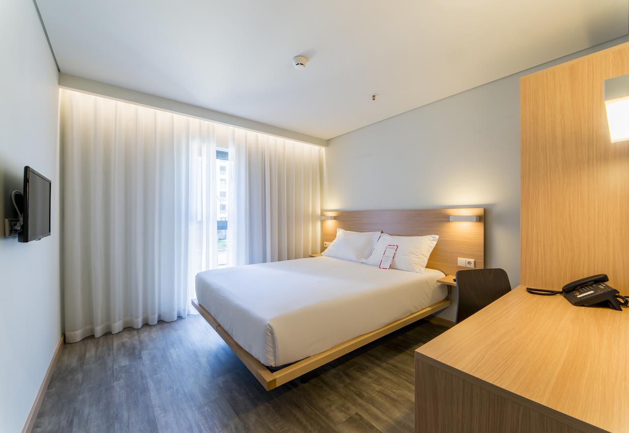 Ticket + Moov Hotel Porto Norte