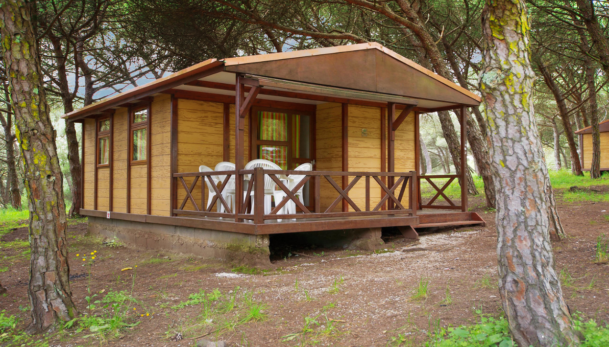Ticket + Monsanto Bungalow at Lisboa Camping & Bungalows