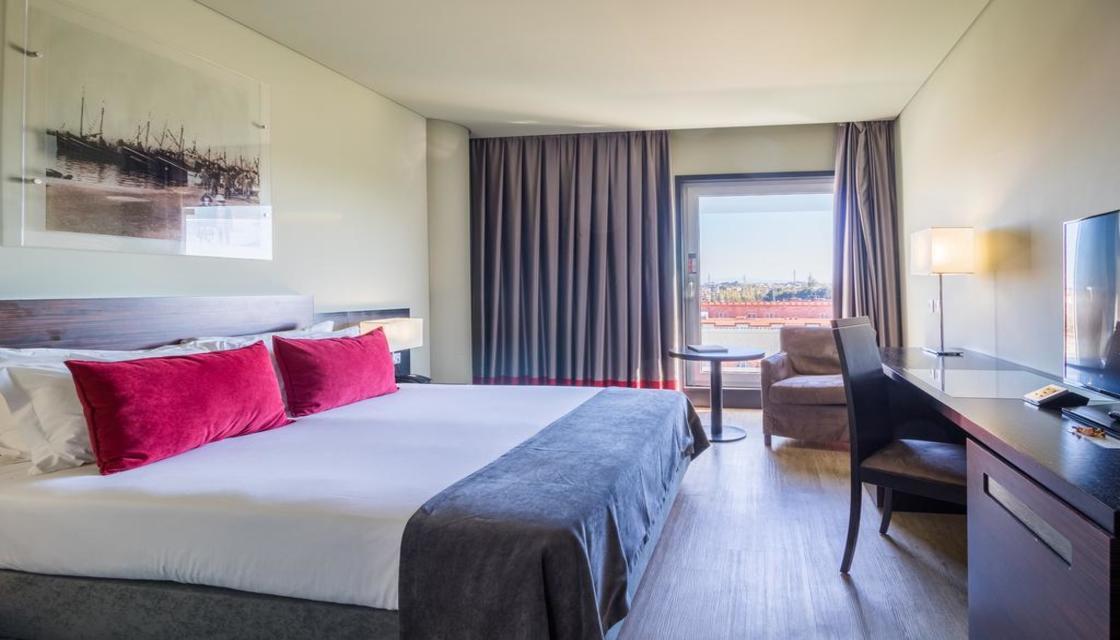 Bilhete + Melia Ria Hotel & Spa
