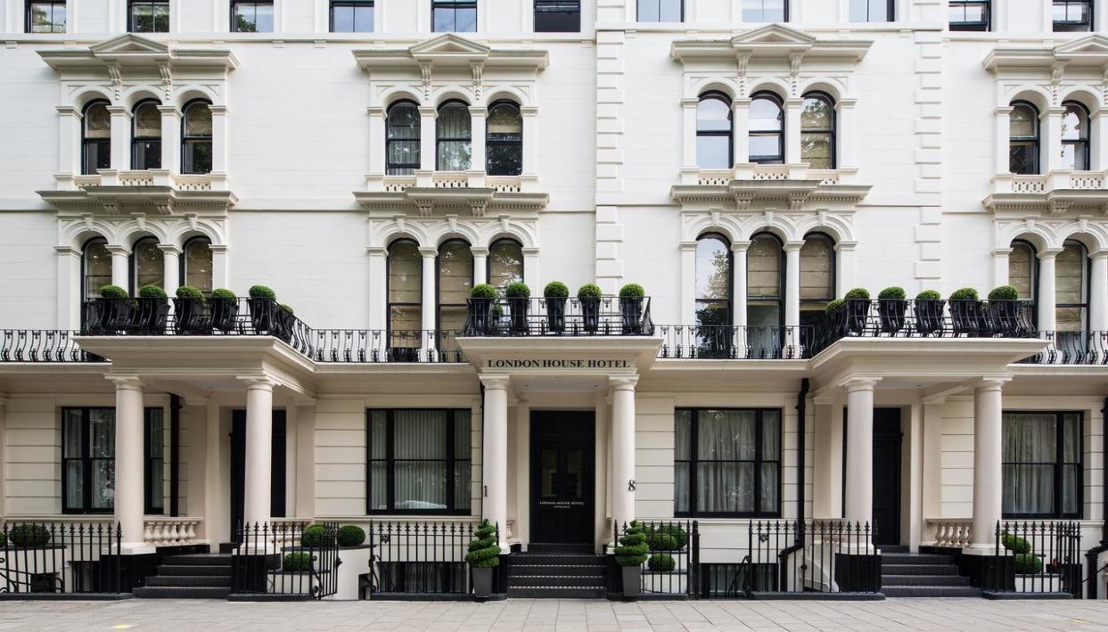 Ticket + London House Hotel