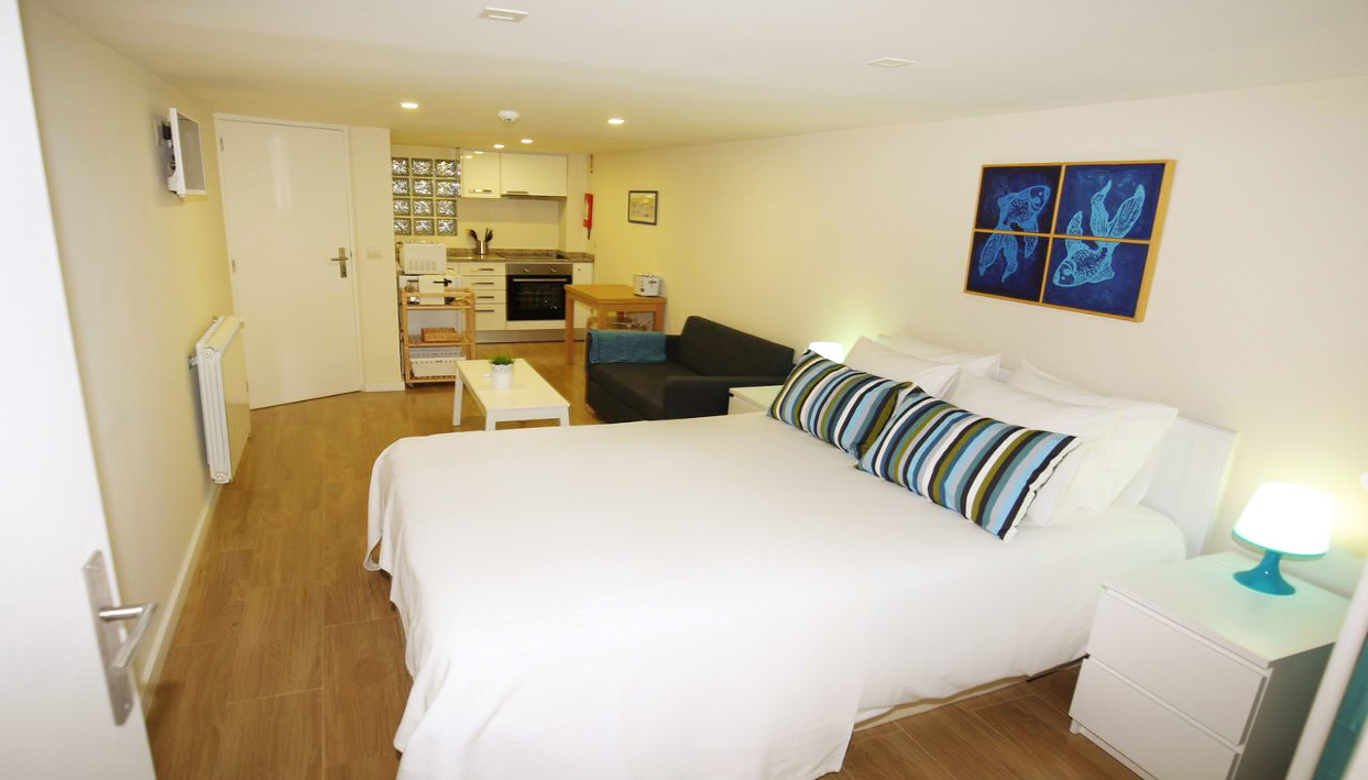 Biglietto  + Hostel Fishtail Sea House