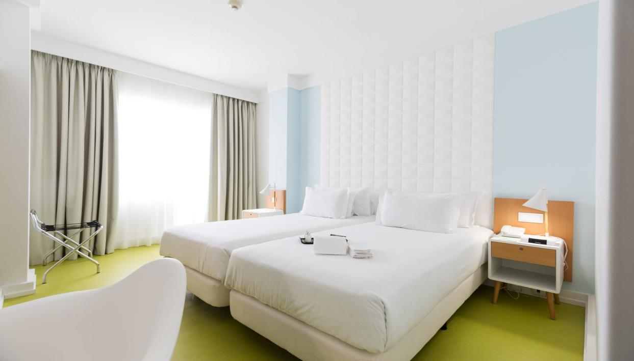 Ticket + Hotel Quality Inn Porto