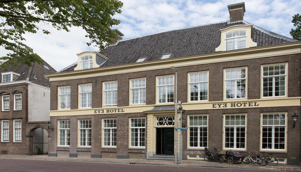 Ticket + Eye Hotel