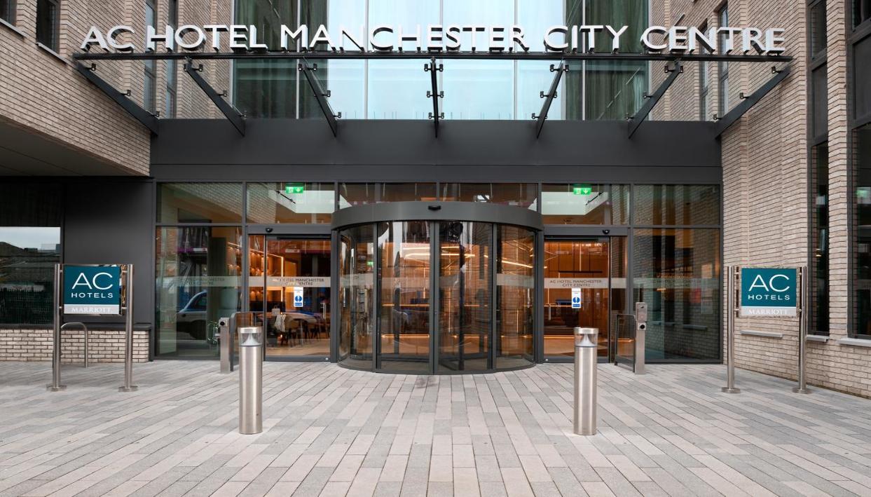 Entrada + AC Hotel by Marriott Manchester City Centre
